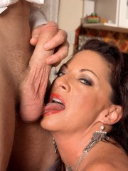 Busty mature lady Margo Sullivan seduces her guy for a filthy ass fucking