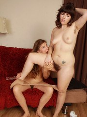 Horny housewives Valentine  Simone Delilah turn lesbian to satiate beavers
