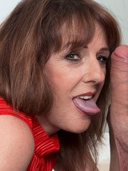 Over 50 lady Pandora sucks the jizz out off her guys dick with a blowjob