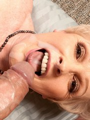 Grandmother Jewel gets chipmunked while blowing her male escort