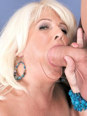 Overweight granny Lori Suarez offers up her ass for a cum dumping