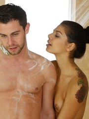 Latina masseuse Gina Valentina pleasures her client in the bathtub