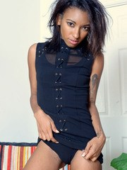 Young black girl Raven Wylde shows off her wide open pussy for the first time