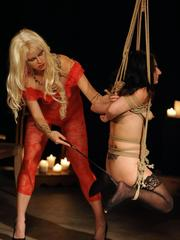 Lesbians get their freak on during rope suspension games