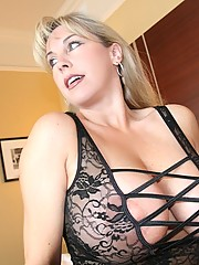 Housewife Mom Pictures