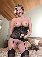 20 Pics- Horny Busty Blonde Wife Getting Naked