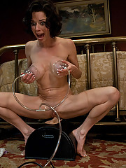 Squirting MILF cums from hard core machine fucking with Fucksall and the Sybian has