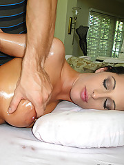 Cute but dumb hoe gets her privates massaged with a happy ending