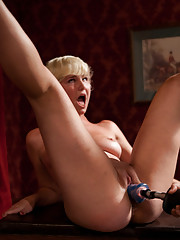 Amateur Girl Machine fucking contest with a live audience. 1 red head 2 blonds and