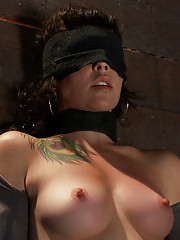 Princess Donna plays mind games with a complete amateur and makes her cum so hard