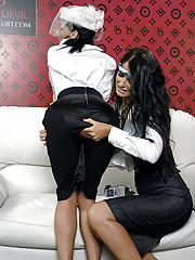 Filming their sticky lesbian sex on the couch