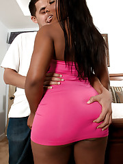 Attractive black girl with big black ass Sienna Dream sucks on a dick