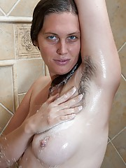 Lindsay gets dirty after getting clean