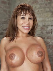 Horny MILF Ava wants it so bad she is willing to do anything Claire wants to get