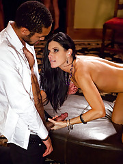 Swinger couples meet their friends in orgy and have some fun