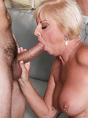Lady blow job