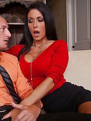 Sexy Jessica Jaymes office assistant is married but that doesnt stop her from fucking