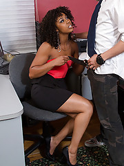 Gorgeous ebony slut Misty Stone enjoys having her black pussy rammed