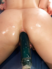 Kristina Rose Gia DiMarco are The WONDER TWINS of porn! In the form of Squirting