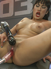 Toe suction clit suction fast machines full throttle fucking until she cums herself