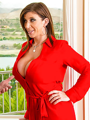 Sara Jay is a real estate agent who needs to sell her next house fast. Her job depends