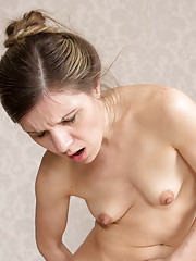 Mom Small Tits Pictures
