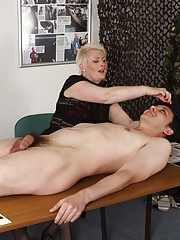 Sergeant Kiss and Recruiter Sally have had a slow day trying to convince young men