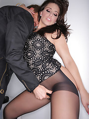 Now that her Teenfidelity experience is in the past Gracie Glam comes to the white