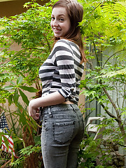 Mom Jeans Pictures