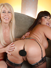 Ava has come over today and she wants the Girlfriend Experience! Ava Devine The GF