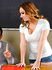 Tiff is looking to get the teachers aid position for Mr. Lockwoods class. After going
