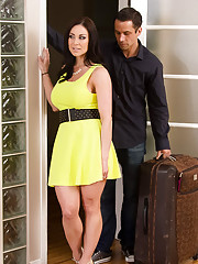 Kendra Lust gets a ride to the resort from her sons friend Alan. Alan was glad to