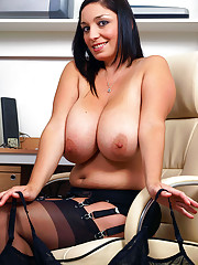 Busty babe Michelle welcomes you into her little office and promptly gets down to