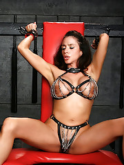 Im back for more with my master. Check out this exclusive photo