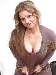 Naughty MILF playing with herself