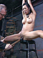 Tia has a hot body that is perfect for fucking with and her mind keeps it ready for