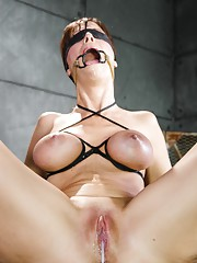 Swinger Syren De Mer is the sort of MILF all other MILFs aspire to. She keeps her