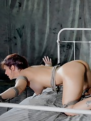 Syren De Mer is and we mean this in the best of all possible ways a sex addicted