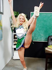 Cheerleader Galleries