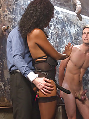 Man in love with his therapist gets cuckolding by bigger stringer man making his