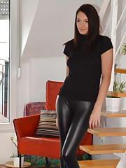 I love a horny girl wearing a tight latex pants showing tits