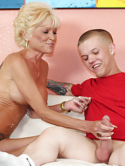 Over 40 mom Nikki jerk off  big dicked dwarf Mikey for her coffee