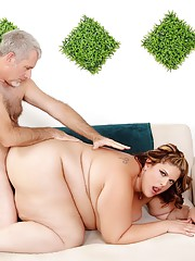 BBW Erin Green gets fucked by a goateed geezer and loves every minute