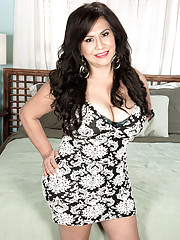 Victoria The Big-assed Mexican Milf