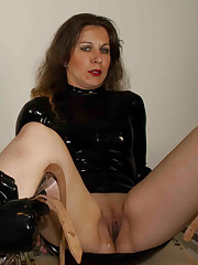 Slave gets dominated on the gyno chair