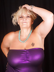 plumper-granny-sex-young-tight-pusys