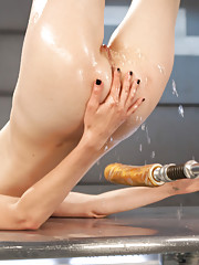Super sexy babe gets machined fucked into squirting orgasms.