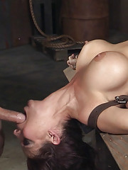 This has probably been one of the most intense experiences of Syren De Mers cock