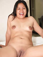 Horny Filipina housewife cheats on husband with another foreign guy