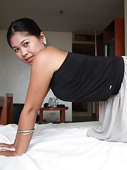 Asian Mom Pictures